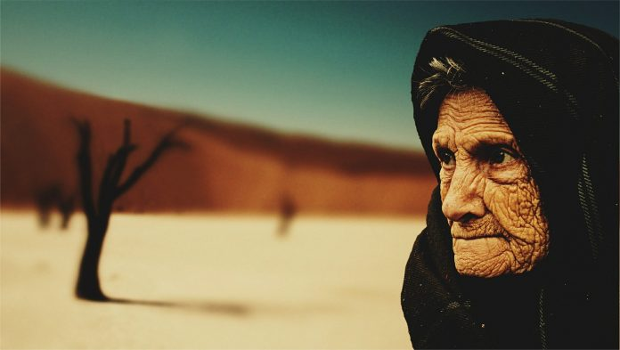 Cea mai bătrână femeie din lume FOTO:jarmoluk/Pixabay.com