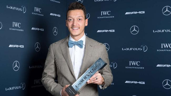 Mesut Ozil a donat toți banii pe care i-a câștigat la Cupa Mondială (Twitter)