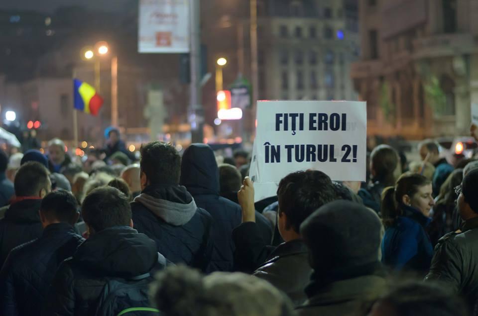 proteste în turul doi