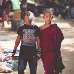 Călugăr și fratele său Foto Imgur