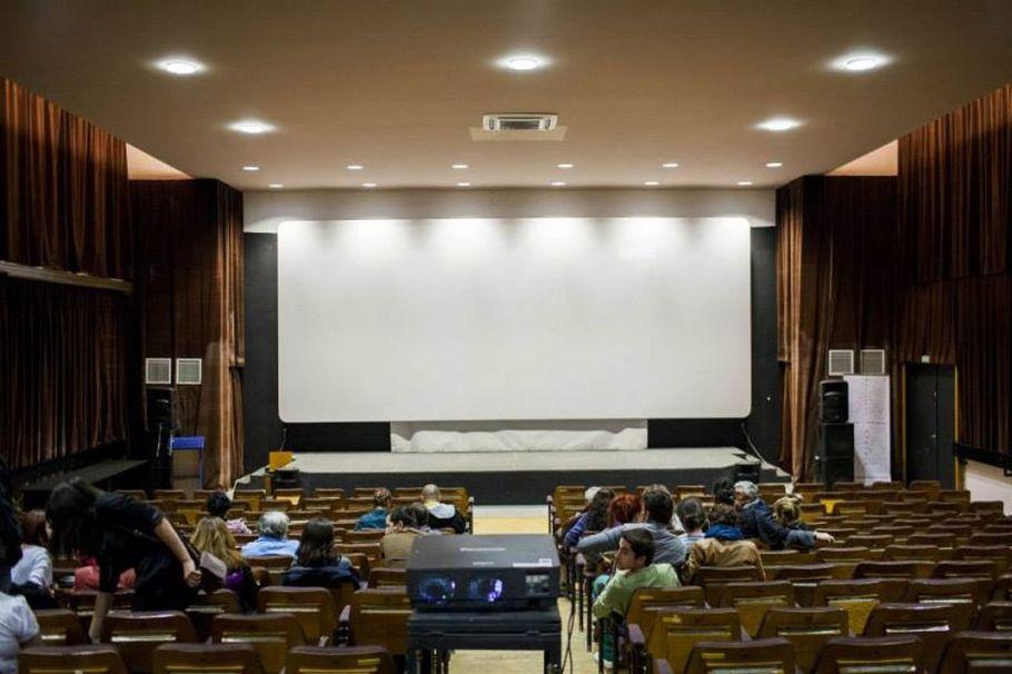 Noul Cinematograf al Regizor Român