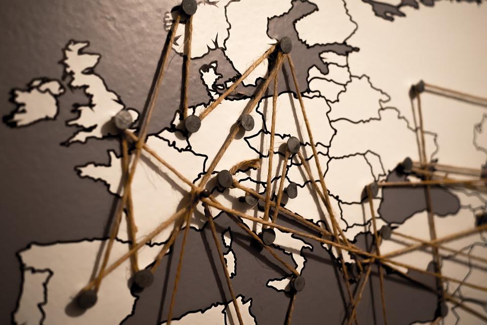 Uniunea Europeană. Toate cele 28 de țări și marile lor defecte (thrillist.com)