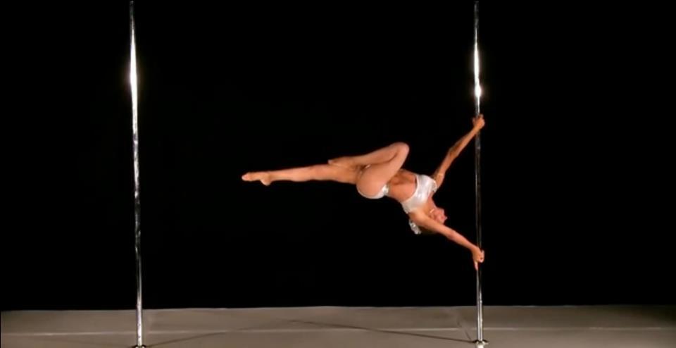 Campioană la dansul la bară, la 62 de ani Foto: Facebook Greta Pontarelli