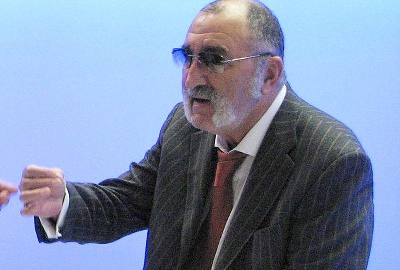 Ion Ţiriac (Wikimedia Commons)