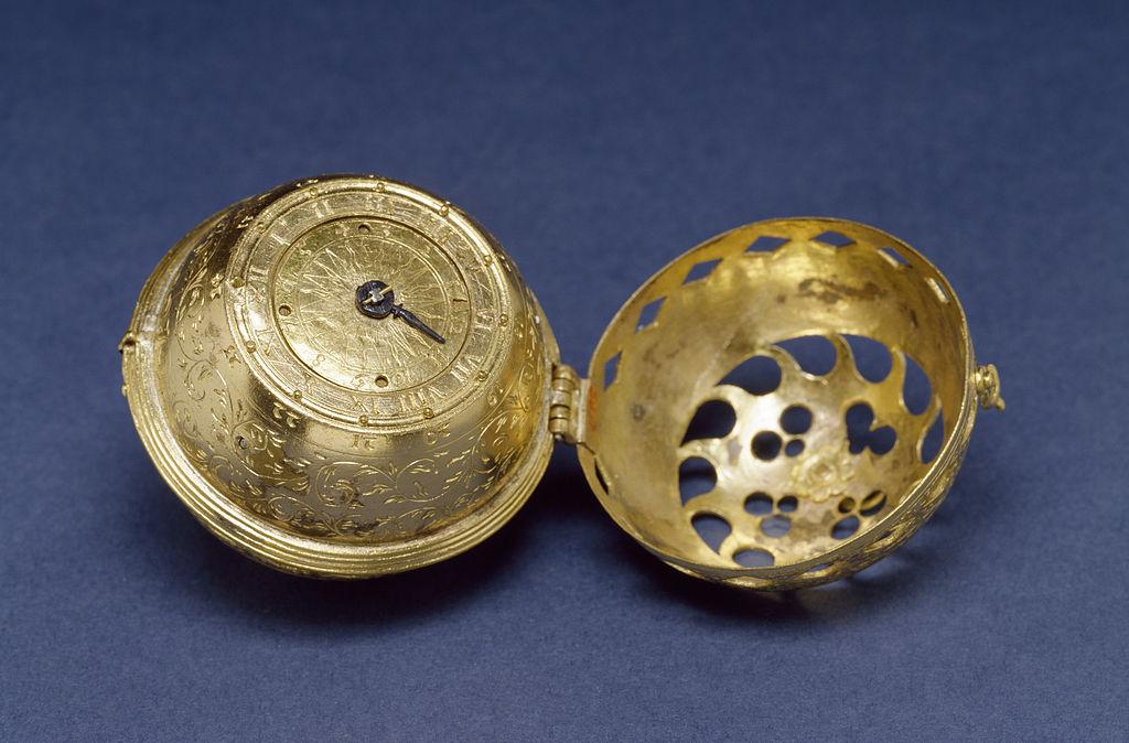 Unul dintre primele ceasuri existente, datând din 1530 Foto Wikipedia.org