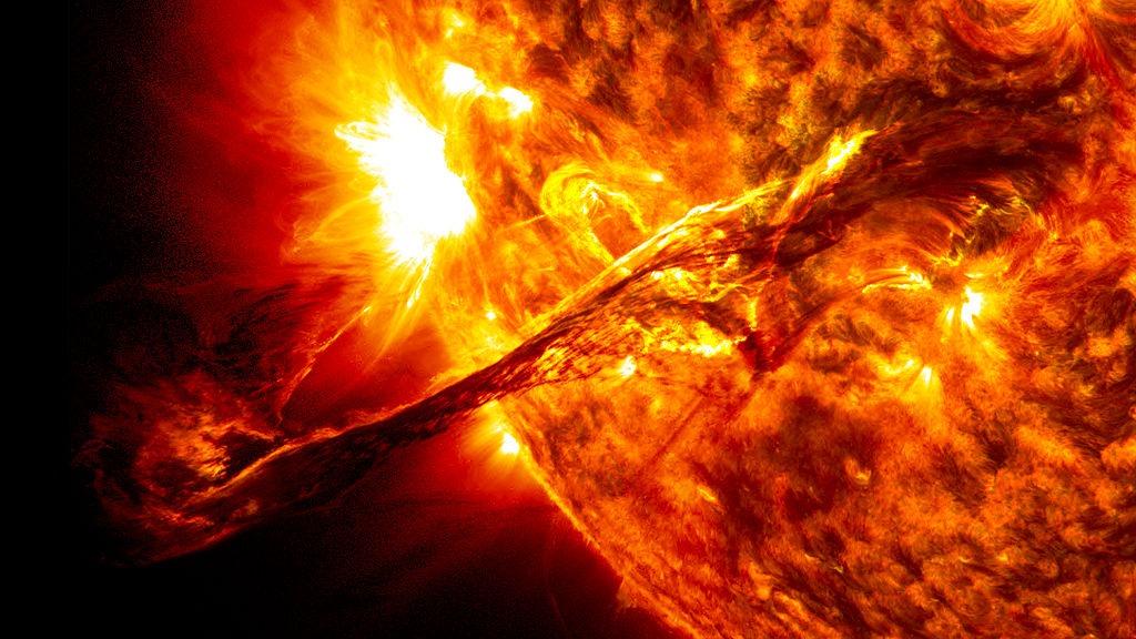 explozie solară
