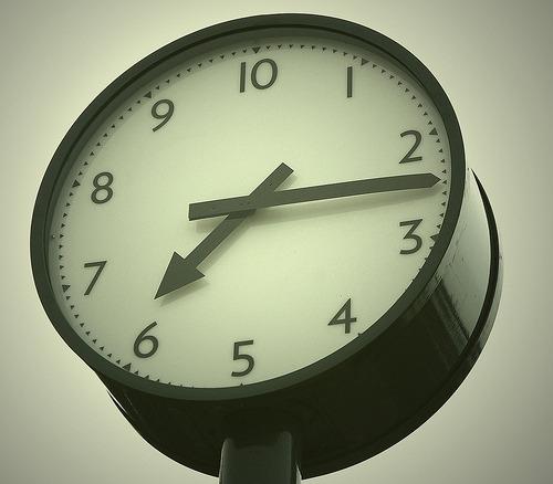 Ceasul metric. Păcăleala de 1 aprilie care i-a pus în încurcătură pe mulți australieni