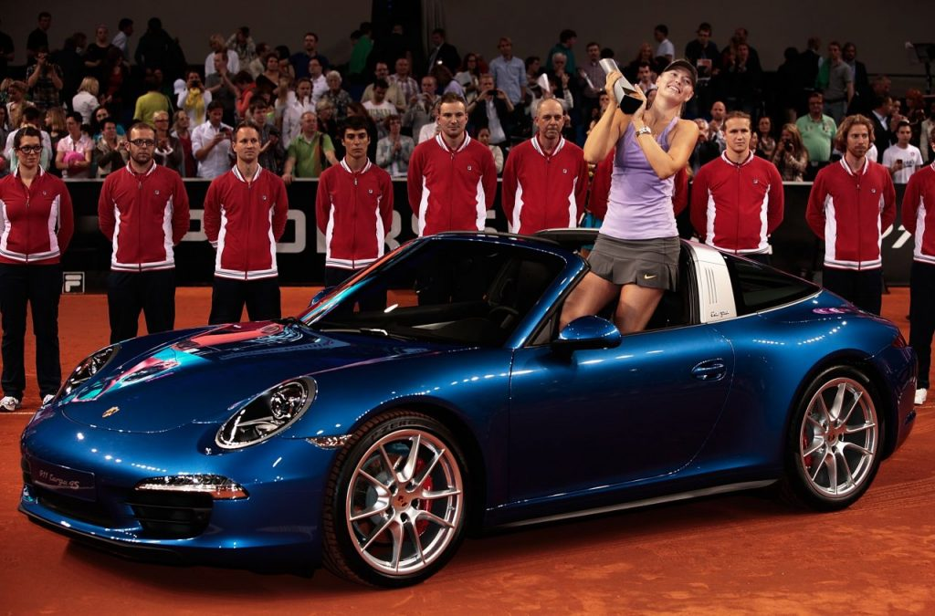 Maria Șarapova a plecat cu un Porsche de la ultimele trei ediții ale turneului de la Stuttgart (porsche-tennis.de)
