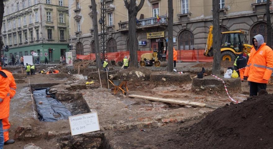 Descoperirile arheologice de la Timișoara l-au fascinat pe corespondentul BBC (timpolis.ro)