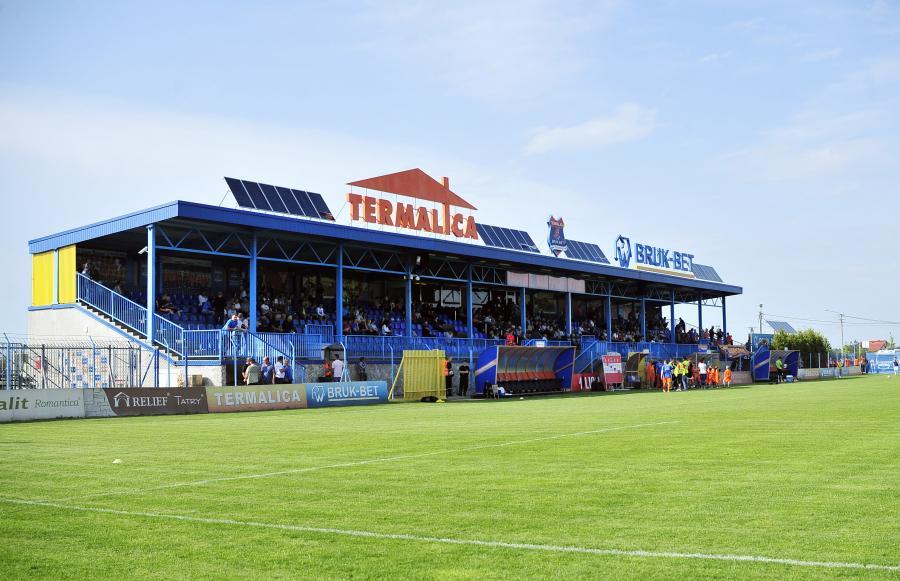 Stadionul din Nieciecza (sport.dziennik.pl)