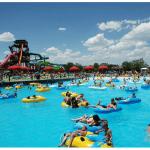 Pe site-ul eMAG găsești cele mai bune oferte la colaci pentru înot