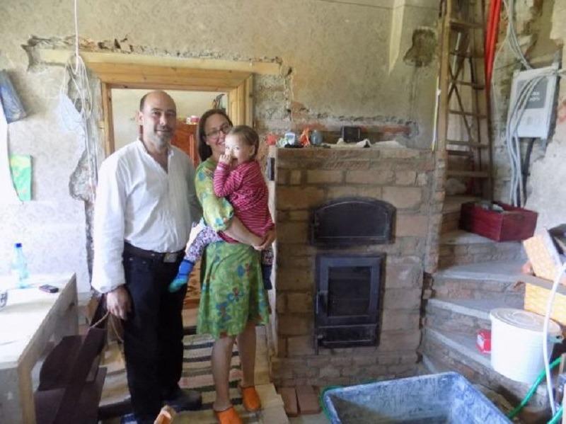 Familia Köllner, din satul Șomartin. O dovadă că România este un loc pe care și occidentalii îl pot aprecia (adevărul.ro)