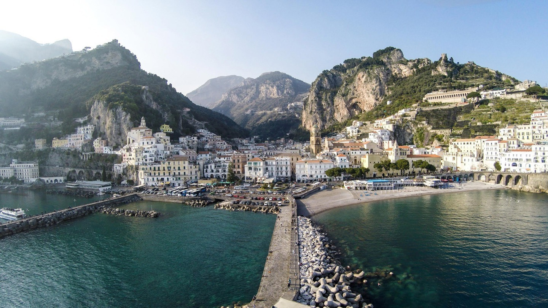 Golful Amalfi, Italia. Sursa foto: Irus / Dronestagram