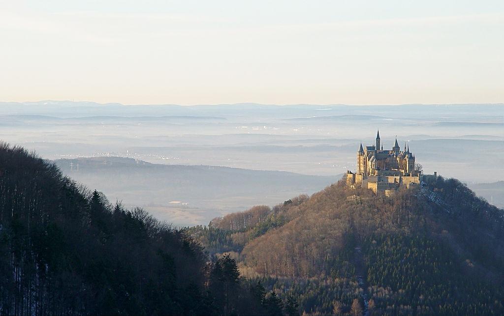 Castelul Hohenzollern. Foto: Saibo via Wikimedia Commons