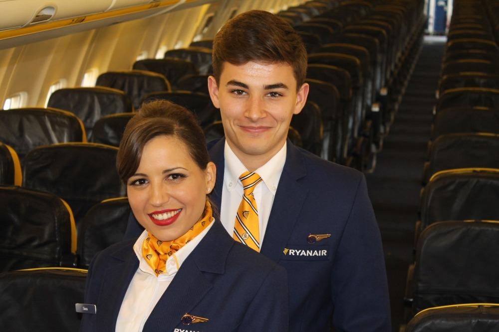 însoțitori de zbor ryanair locuri de muncă