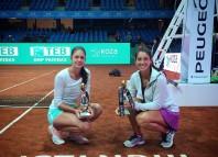 Românca Andreea Mitu (stânga) și turcoiaca Ipek Soylu s-au impus la Istanbul (Facebook)