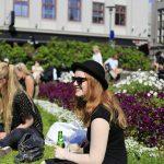 islanda femei tinere