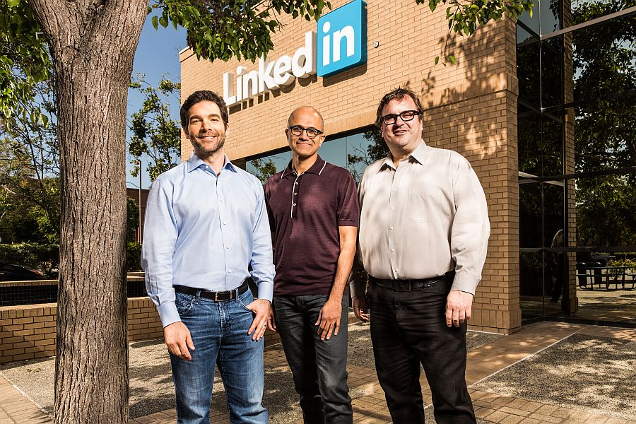 Șefii LinkedIn și Microsoft FOTO: Microsoft.com