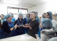 Marie Carels a angjat femei din satul Buzești la fabrica de ciocolată (modulecalderon2013.wordpress.com)