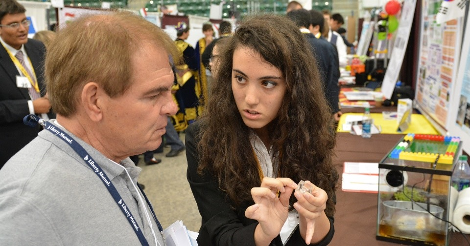 Elevii români s-au descurcat excelent la Genius Olympiad 2016 (http://geniusolympiad.org/)