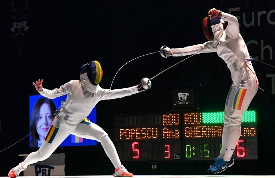 Ana Maria Popescu a cucerit medalia de argint la Wuxi, în China. Foto: Augusto Bizzi, International Fencing Federation