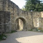 Cetatea de Scaun a Sucevei – hol și poartă de acces.
