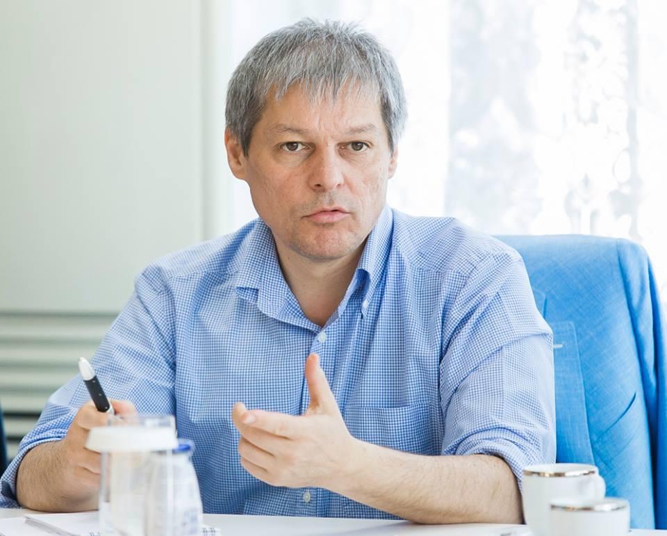 FOTO: Pagina personală de Facebook a lui Dacian Cioloș