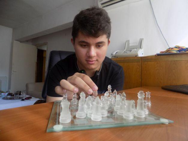 emanuel chivoiu șah