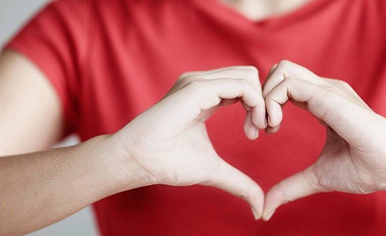 Unul din doi români suferă de hipertensiune arterială, una din marile cauze ale bolilor de inimă (nlm.nih.gov)