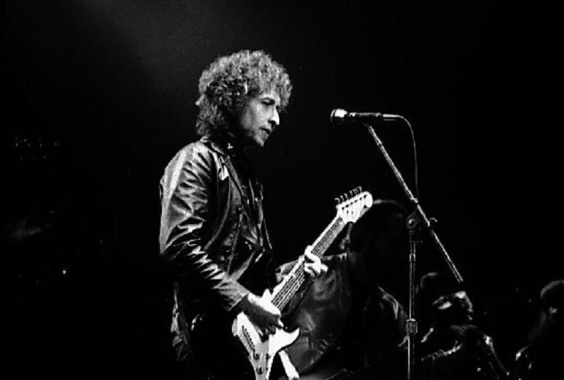 Bob Dylan (Wikimedia Commons)