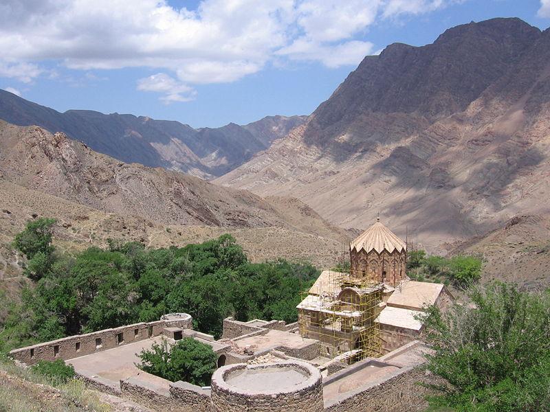biserica sfântul ștefan iran