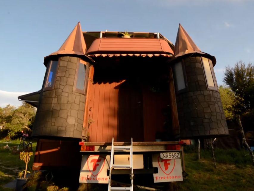 casa castel pe roți