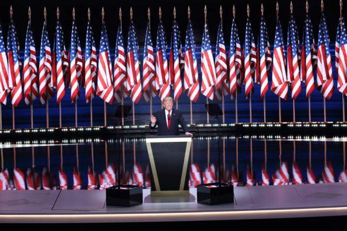 Donald Trump nu are un start de mandat strălucit la Casa Albă (Facebook)