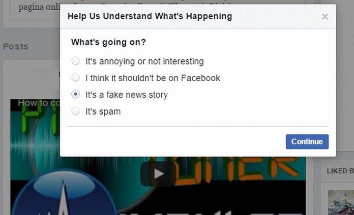 Facebook va marca știrile false