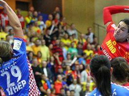 Cristina Neagu este vedeta naționalei de handbal a României (Foto: Zsolt Halmagyi /swe2016.ehf-euro.com/)