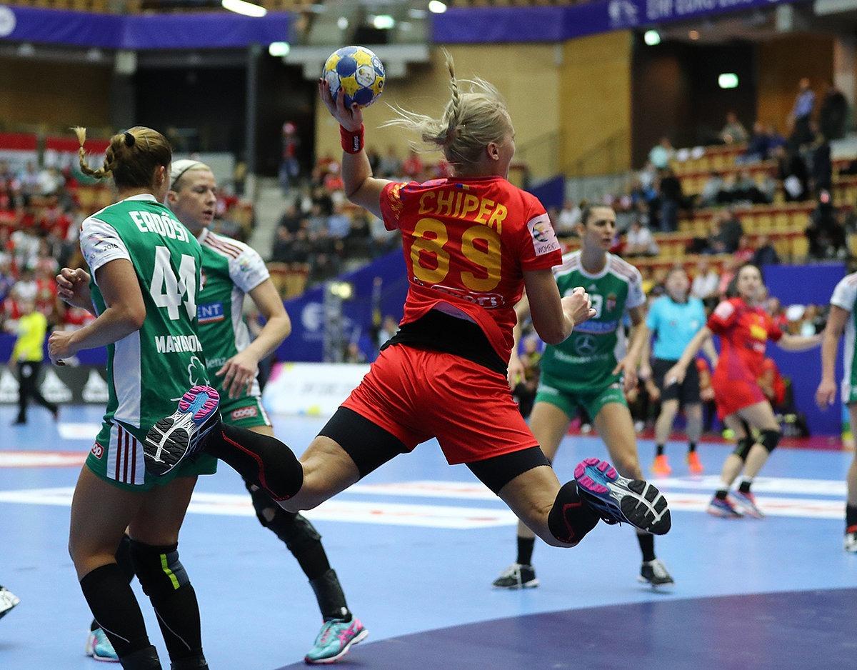 Româncele au zburat pe lângă unguroaice la Campionatul European (Foto: Marius Ionescu / swe2016.ehf-euro.com )