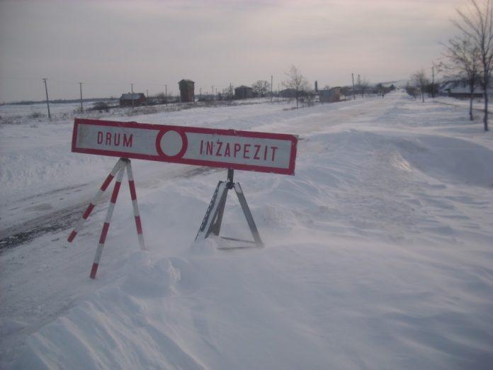 Drumul înzapezit este singurul care leagă comuna Vadu de lume (Foto: Opinia Giurgiuveanului)