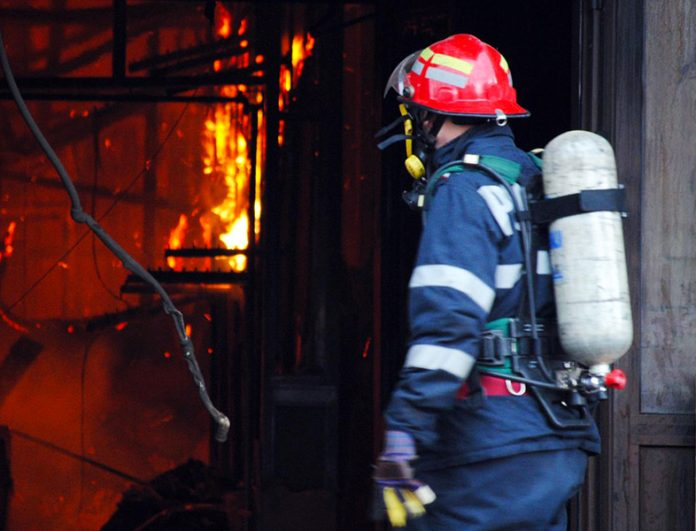 A luat foc clubul Bamboo FOTO: Ionuț Fantaziu/GreatNews