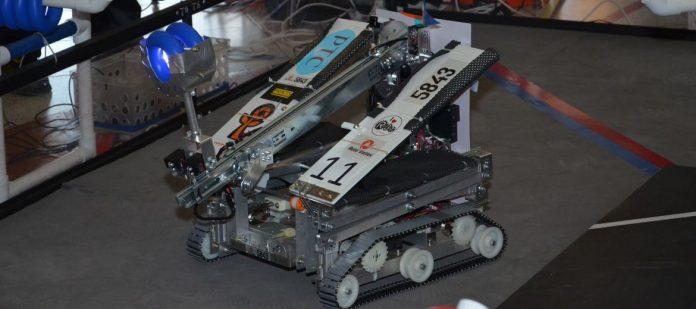 Așa arată un robot realizat de echipa de liceeni români AutoVortex (Foto: LynxTV)
