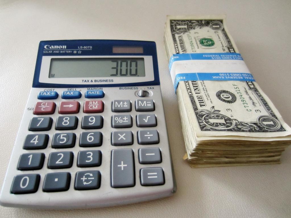 Calculator venituri (Foto: 401(K) 2012 / Flickr)