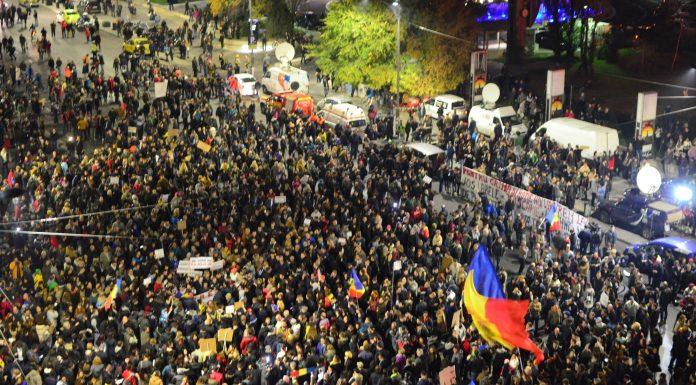 Zeci de mii de protestatari vor ieși astăzi în stradă (Transilvania News)