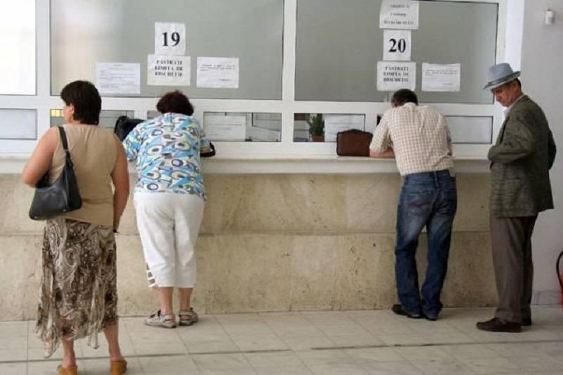 Funcționarii români vor primi un spor de stres (Foto: Ziua de Cluj)