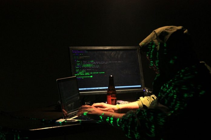 Hackerii au atacat calculatoare din 99 de țări Foto: Katy Levinson (Flickr)