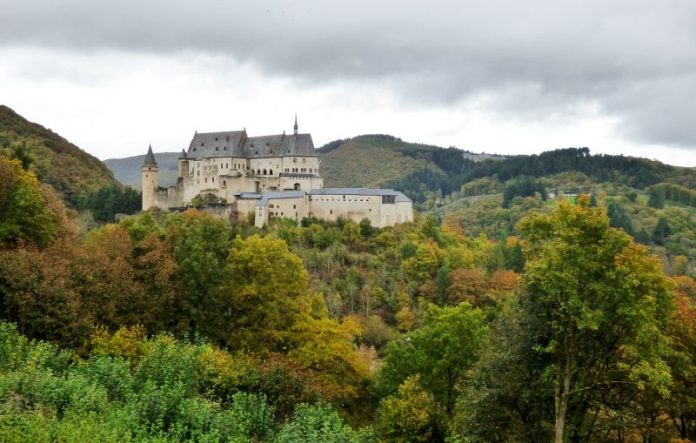 Castelul Vianden Luxemburg