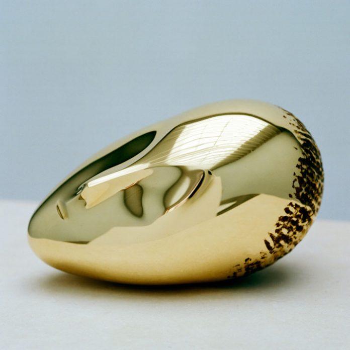 Muza adormită a lui Constantin Brâncuși s-a vândut pentru 57,3 milioane de dolari la licitație (Foto: lookingatpainting.co.uk)