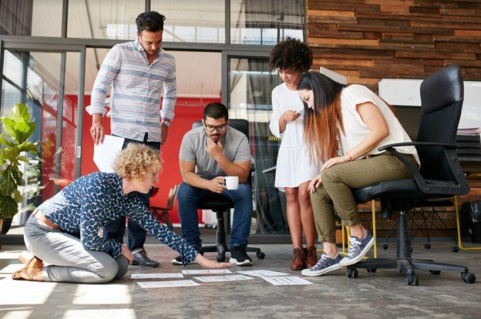 Cinci servicii pe care orice firmă mică ar trebui să le externalizeze pentru a avea succes (Sursa foto: Shutterstock.com)