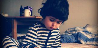 Tabletele pot avea efecte nefaste asupra dezvoltării vorbirii la copii (foto Flickr / Venturist)