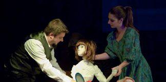 """""""Sunt eu, Annabel"""" lightwave teatru"""