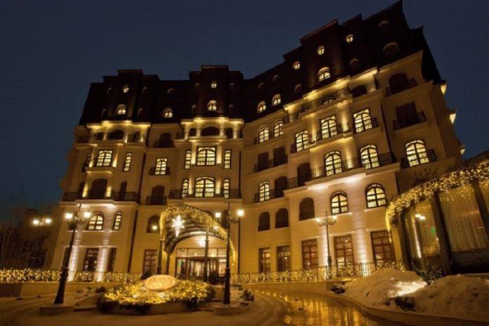 Hotelul Epoque din București este unul dintre cele mai elegante din România. Foto: booking.com