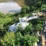gunoi râu taxi boița